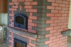 Двусторонний теплоемкий камин с хлебной камерой для больших помещений