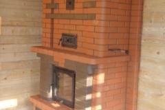 Теплоемкий камин для больших помещений с конвекционной камерой обогрева второго этажа