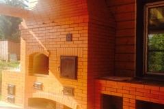 Уличный комплекс барбекю в открытой беседке